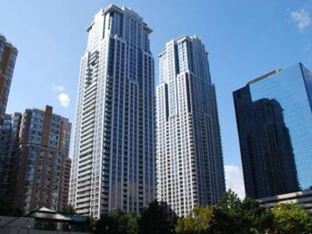 Residences of College Park-Canderel Stoneridge-highrise-1866-763 Bay Street-Toronto Downtown-Bay Corridor Condos-2
