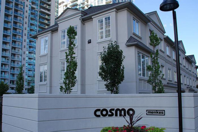 Cosmo-Menkes-Highrise-Townhouse
